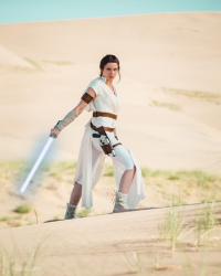 Aly Cat Cosplay as Rey
