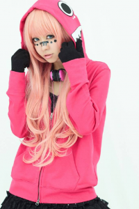 Sena Xxx as Luka Megurine