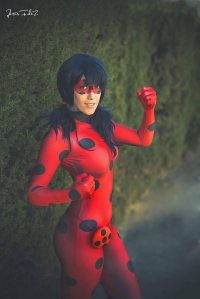 Hana Star Cosplay as Miraculous Ladybug