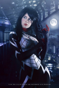Florencia Jillian Sofen as Silk