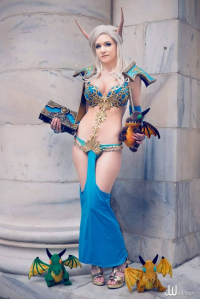 Danielle Beaulieu as Daenerys Targaryen/Blood Elf