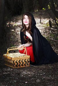 Dame Lovely Melody Cosplayer/Model as Little Red Riding Hood