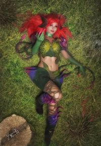 Zen Emerald.cosplay as Zyra