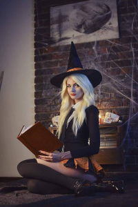 Giantshev Cosplay as Witch