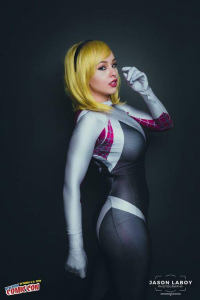 Dollicious Cosplay as Spider Gwen