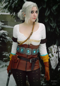 Dragunova Cosplay as Ciri