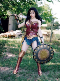 Amouranth - Kaitlyn Siragusa as Wonder Woman