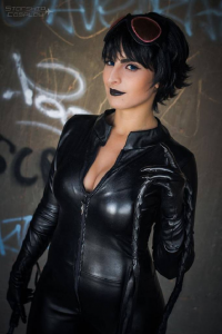Starship Cosplay as Catwoman
