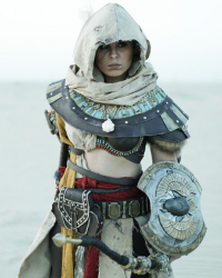 Yeliz Cosplay as Bayek