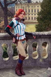 Artcore Cosplay as Triss Merigold/Witch