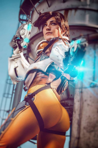 Stunt-Sheep Cosplay as Tracer