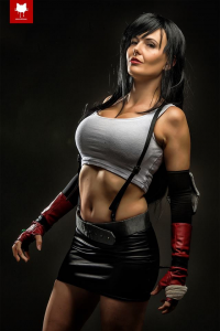 Floksy Locksy Cosplay as Tifa Lockhart