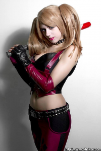 Em Cosplay as Harley Quinn