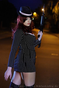 Anata Cosplay as Miss Fortune