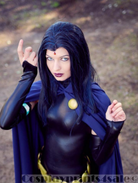 Baby Alice Cosplay as Raven