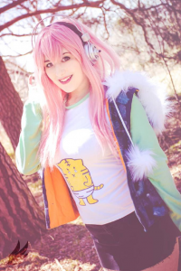 Beged Cosplays as Sonico