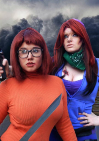 Ultra Girls Cosplay as Velma Dinkley, unknown artist as Daphne Blake