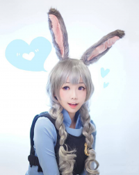 Ely Cosplay as Judy Hopps