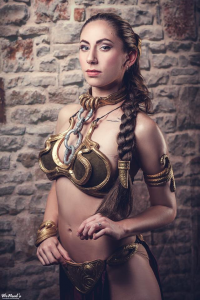 Aly Cat Cosplay as Leia Organa/Slave
