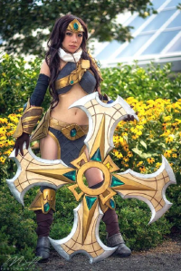 Bonnies Cosplay as Sivir