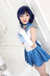 Miyuko Cosplayer as Sailor Mercury