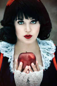 Ai Tenshi Misha as Snow White