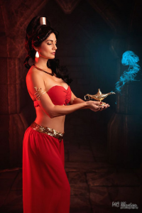 Ivy Cosplay as Princess Jasmine/Slave