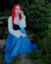 Toxik Fox Cosplay as Ariel