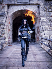 Evelyn Cosplay as Yennefer
