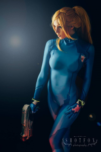 Tali Xoxo as Samus Aran