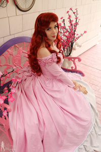 Mimi Reaves as Ariel, Dick Charming as Prince Eric