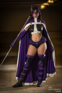 Kiki Aran as Huntress