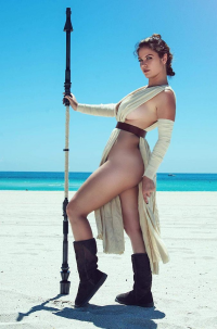 Danny Cozplay as Rey