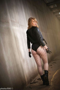 Dat Bo-TAh Cosplay as Black Canary
