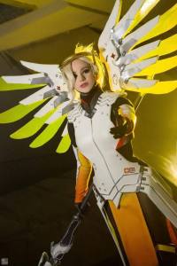 Calypsen as Mercy