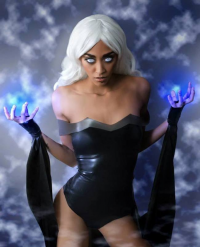 Demari V S as Sue Storm