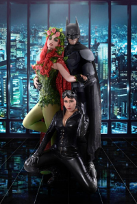 Animemanija Vladine Rukotvorine as Batman, Ferasha Cosplay as Poison Ivy, Tenshi Cosplay Arts as Catwoman