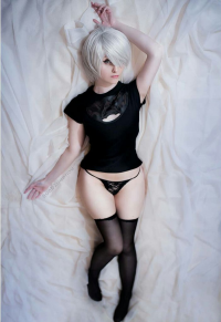 Katerina Kitto as 2B