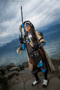 Cide-cosplay as Ana Amari