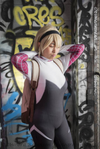 Catae Cosplay as Spider Gwen