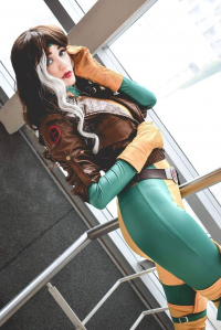Sophie Valentine Cosplay as Rogue
