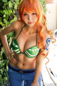 Hana's Cosplay as Nami