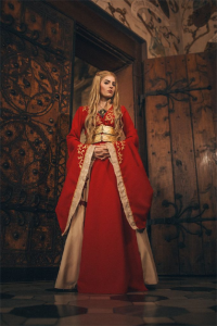 Blossom Of Faelivrin as Cersei Lannister