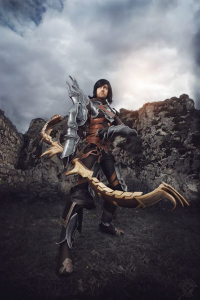 Dario Cosplay as Demon Hunter