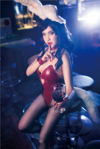 Chrystinelin Cosplay as Ahri/Bunny