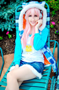 Eebanee as Sonico