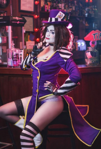 Lily Hunter Cosplay as Mad Moxxi