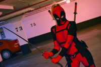 Bubbles Cosplay as Deadpool