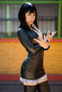 Rocio Cosplayer as Nico Robin