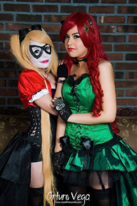 Danicosplay Stocking as Poison Ivy, Fanini Rabbids as Harley Quinn